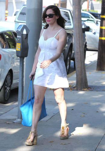 Rose - Leaves hair salon, Los Angeles - August 08, 2012
