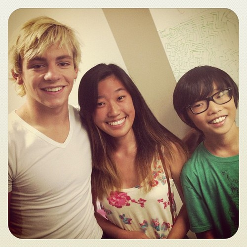 Ross with 팬