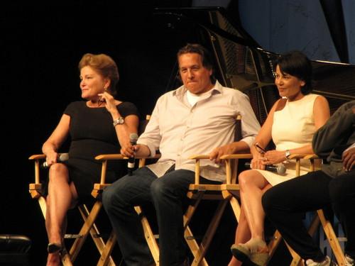 ST Voyager Cast - ST Las Vegas 2012