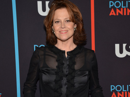 Sigourney Weaver @ the Political 동물 Red Carpet Premiere