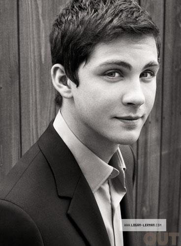 The Perks of Being a Wallflower : Studio Photoshoots ... Logan Lerman Perks Of Being A Wallflower Photoshoot