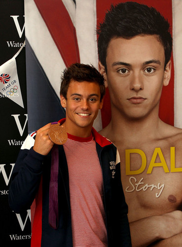 Tom at his book signing in London {16/08/12}.