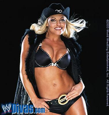 트리시 스트래터스 바탕화면 possibly with a bikini and attractiveness entitled Trish Stratus Photoshoot Flashback
