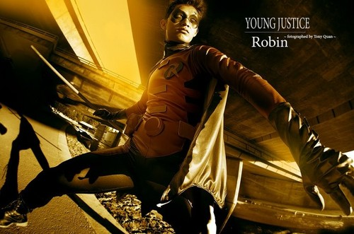 Young Justice Invasion: Robin