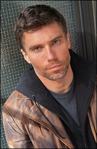 hottie Anson Mount