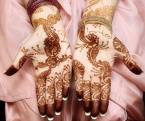 mehndi - love Photo