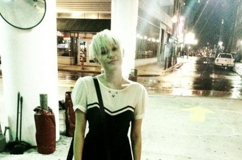 miley-cyrus-new-hair-2012