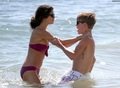 selly justin hot 2