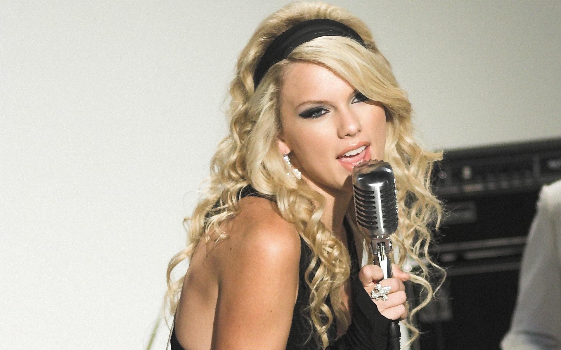 t.swift - Taylor Swift Wallpaper (31852589) - Fanpop