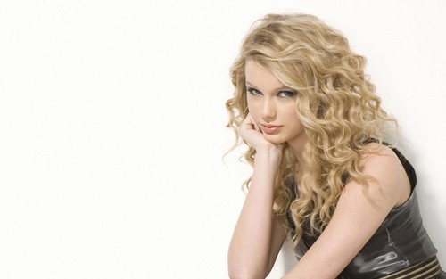 taylor swift cute