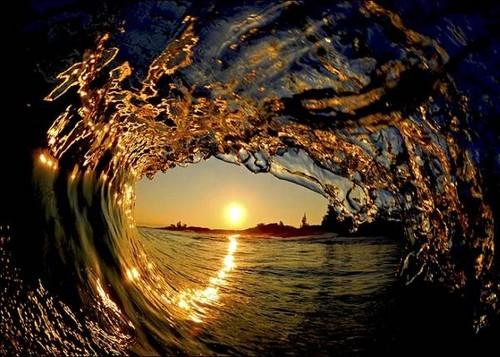 beautiful wave pic