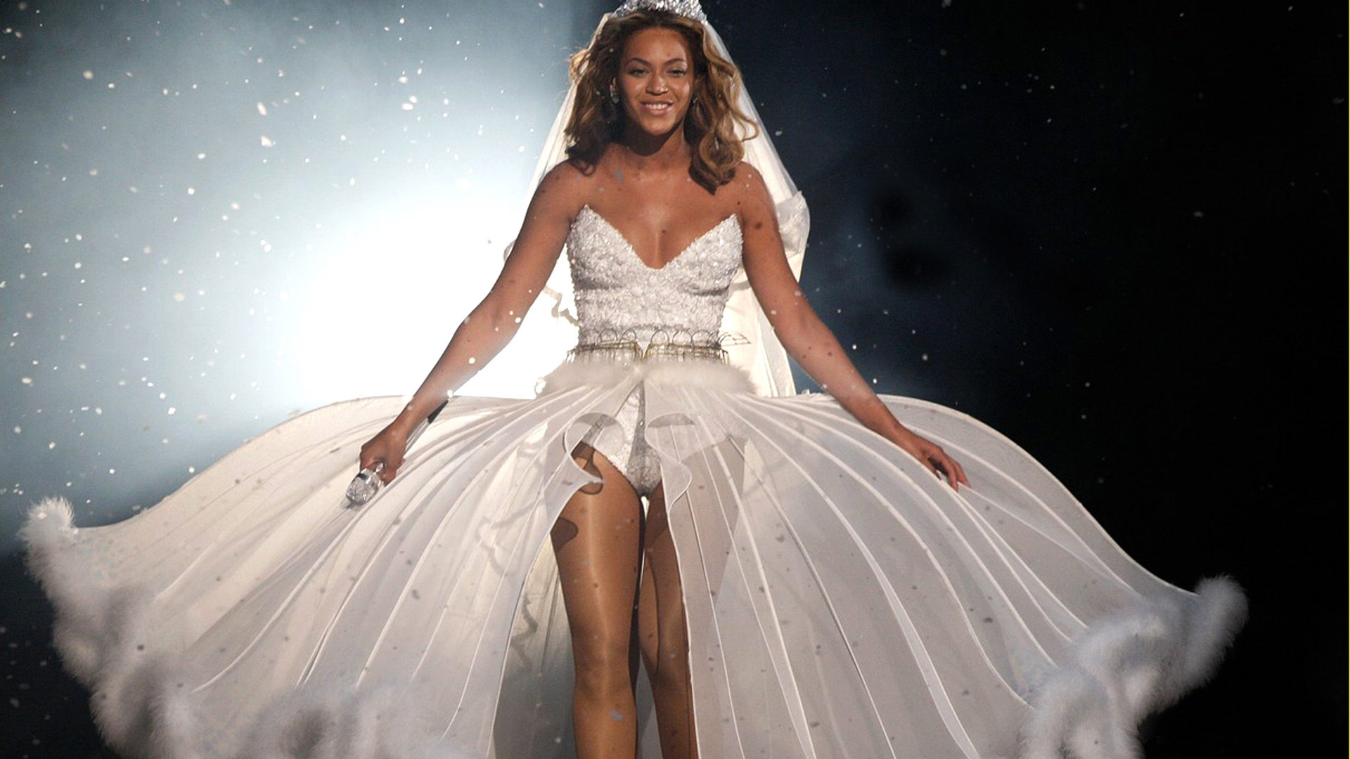 Секс с красоткой в свадебном платье 22 фотография