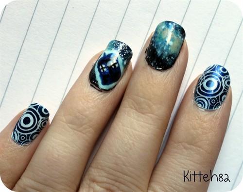 'Doctor Who' nail art <3