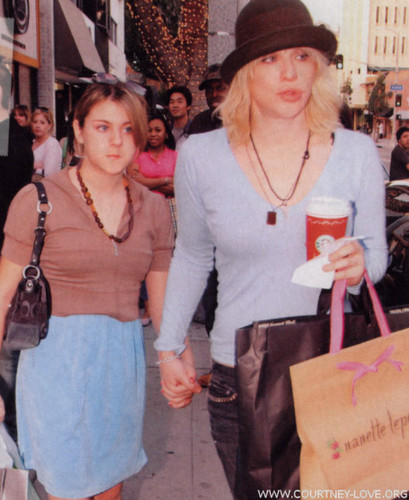 Frances Bean Cobain wallpaper containing a street entitled  Frances Bean
