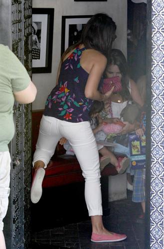 Mila Kunis leaving Casa Vega restaurant, California , 12 august 2012