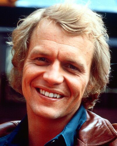 Starsky and Hutch (1975) 壁纸 possibly containing a business suit and a portrait entitled ☆ Hutch ☆