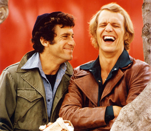 Starsky and Hutch (1975) wallpaper containing a green beret titled ☆ Starsky & Hutch ☆