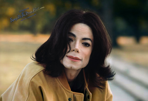 Michael Jackson wallpaper containing an outerwear and a portrait entitled Майкл