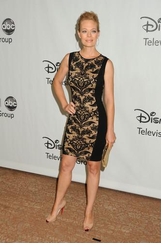 2012 TCA Summer Press Tour - Disney ABC telebisyon Group Party (July 27, 2012)