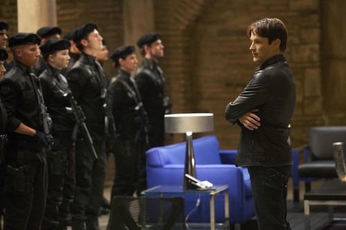 5x12 Save Yourself - Promotional Photo
