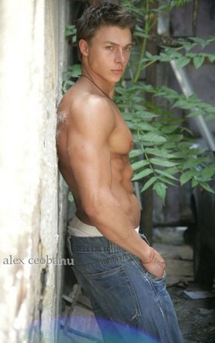 Alex Ceobanu romanians men Fitness romanian people