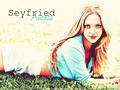 AmandaS - amanda-seyfried wallpaper