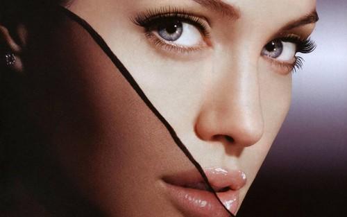 Angelina Jolie wallpaper called Angelina <3