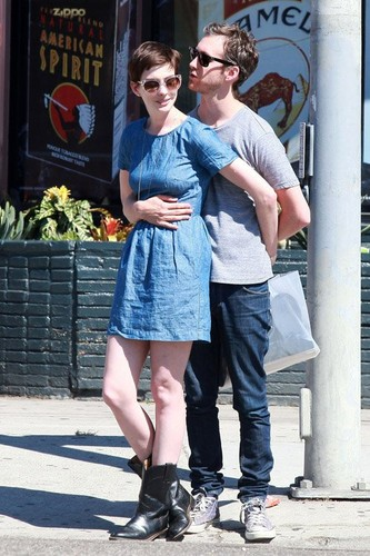 Anne and Adam around West Hollywood before stopping in at Real Foods to grab a lunch
