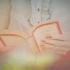 membaca foto titled buku & membaca