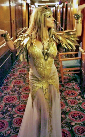 Britney Spears: Cleopatra Style
