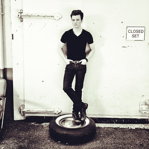 Chris Colfer zorro, fox photoshoot 2012!