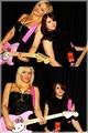 Courtney & Frances Bean - frances-bean-cobain fan art
