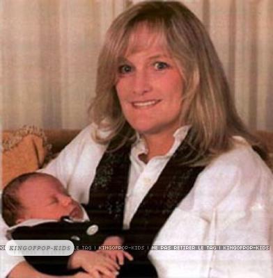 Debbie Rowe & baby Prince (RARE)