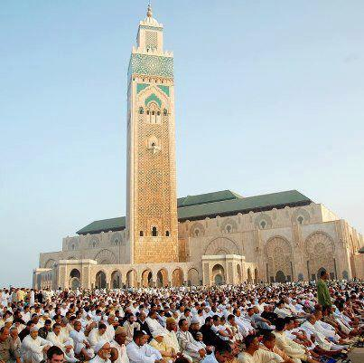 MUSLIMS 壁紙 entitled Eid prayers from all over the world