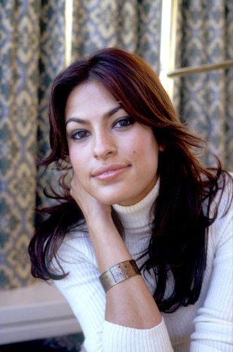 Eva Mendes wallpaper containing a chainlink fence entitled Eva Fan Art