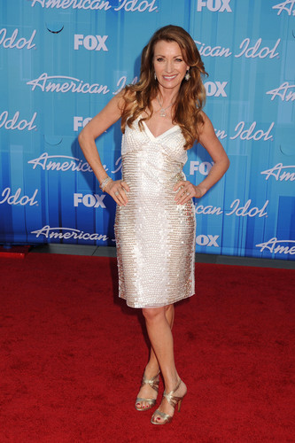 Fox's American Idol 2012 Finale Results 显示 in Los Angeles
