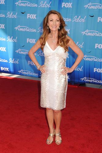 Fox's American Idol 2012 Finale Results دکھائیں in Los Angeles