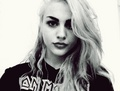 Frances Bean C - frances-bean-cobain fan art