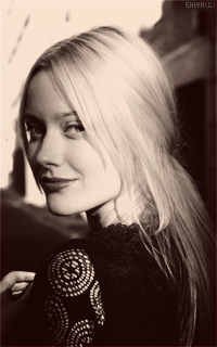 Georgina Haig achtergrond probably containing a portrait titled Georgina Haig