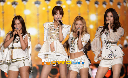 Girls' Generation at 14th Korea-China Festival 2012  - girls-generation-snsd Photo