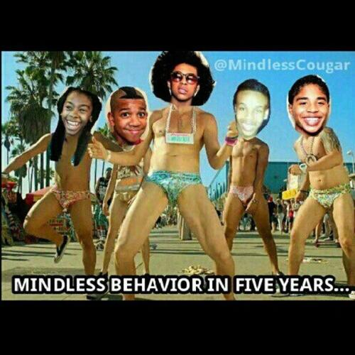 I Was Laughing At This Picture But They Was Like TM Took It To Far . This Picture Is DEAD Straight U