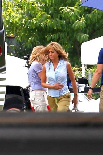 Jennifer Aniston Films 'We're the Millers' [August 20, 2012] - jennifer-aniston Photo