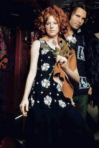 música fondo de pantalla probably containing a well dressed person, a garment, and a cóctel, coctel dress called Jim Morrison and Pamela Courson