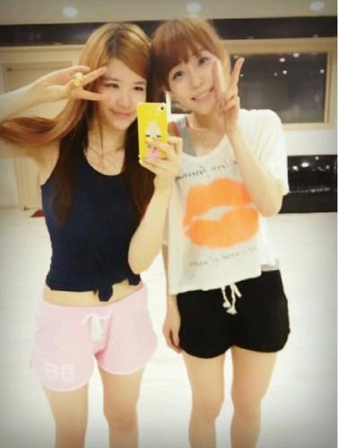 Jiyoung & Jina