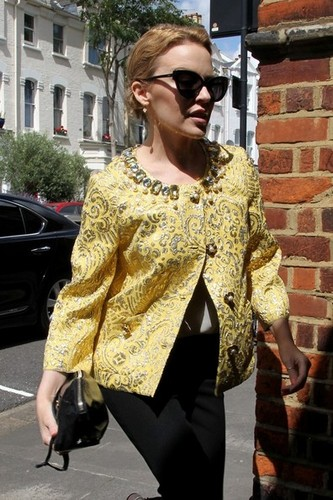 Kylie Minogue in Londres [August 2, 2012]