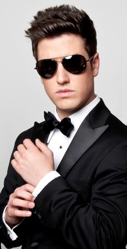 Logan Henderson wallpaper probably containing a business suit, a dress suit, and a suit called LOGAN