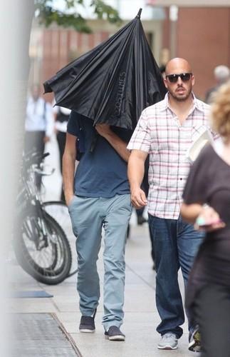 Leonardo DiCaprio Arrives on Set [August 27, 2012]