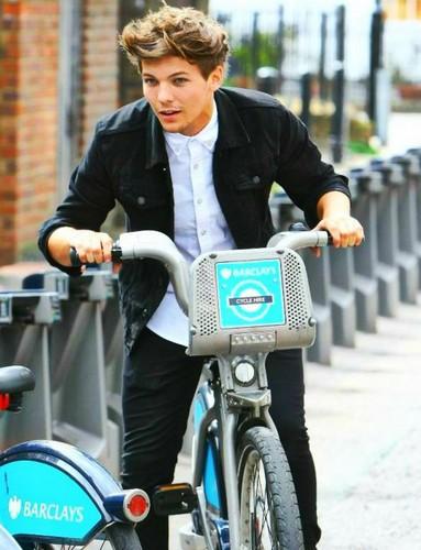 Louis (London 22.08.12)
