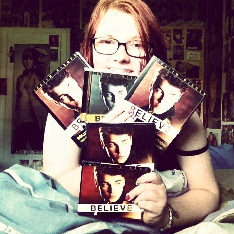 Justin Bieber wallpaper titled Me with my BELIEVE albums <3