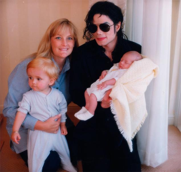 Michael, Debbie Rowe, Prince & Paris (RARE)